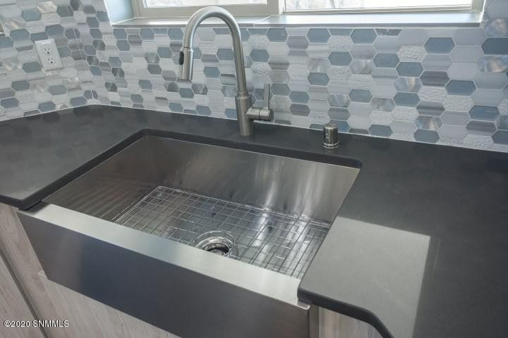 2964 Maddox Loop kitchen sink