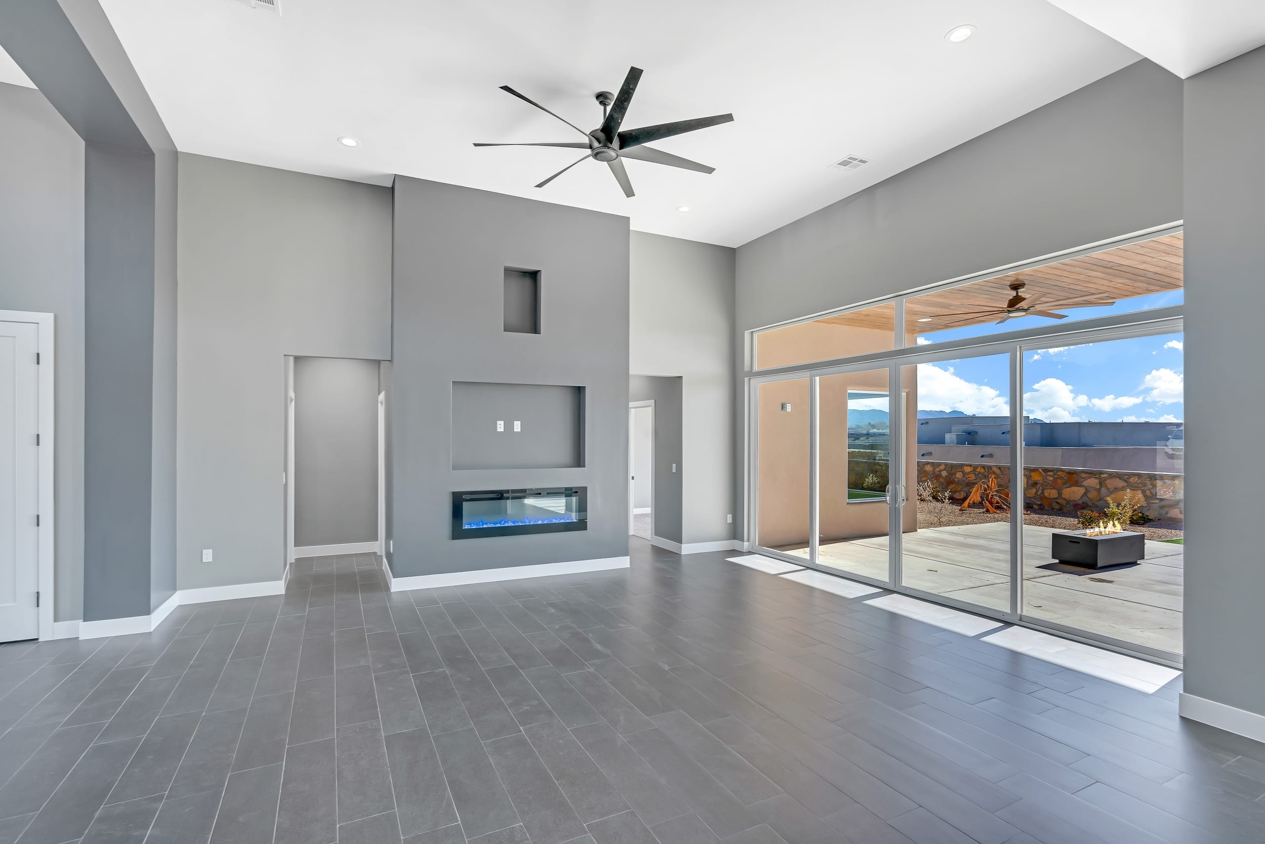 2914 East Springs - Great Room and Back Patio - View from Kitchen