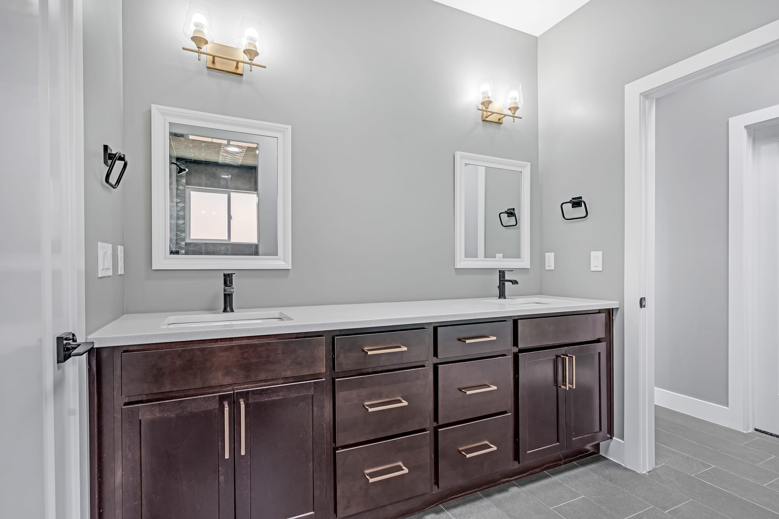 Bathroom - Dual Sinks