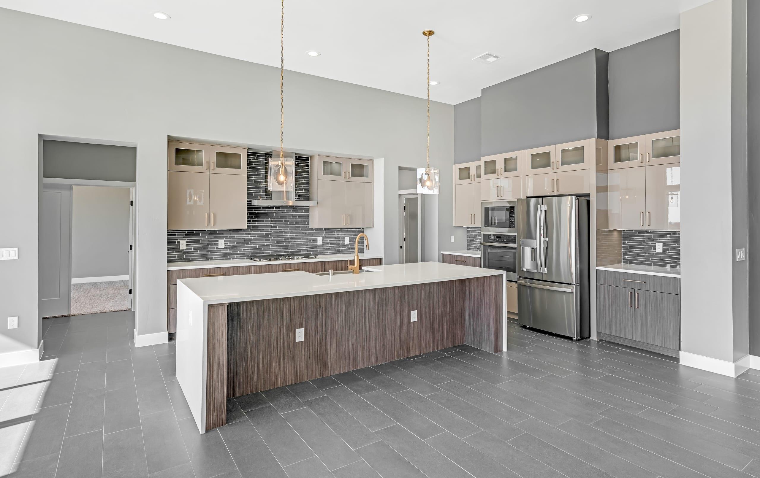 2914 East Springs - Kitchen - Island, appliances, full kitchen view